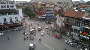 Trafikken i Hanoi er veldig travel og stressende